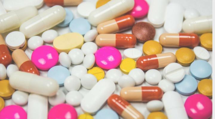 68 autocura farmaci censis